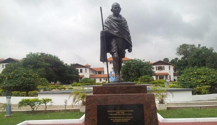 Mahatma2-min